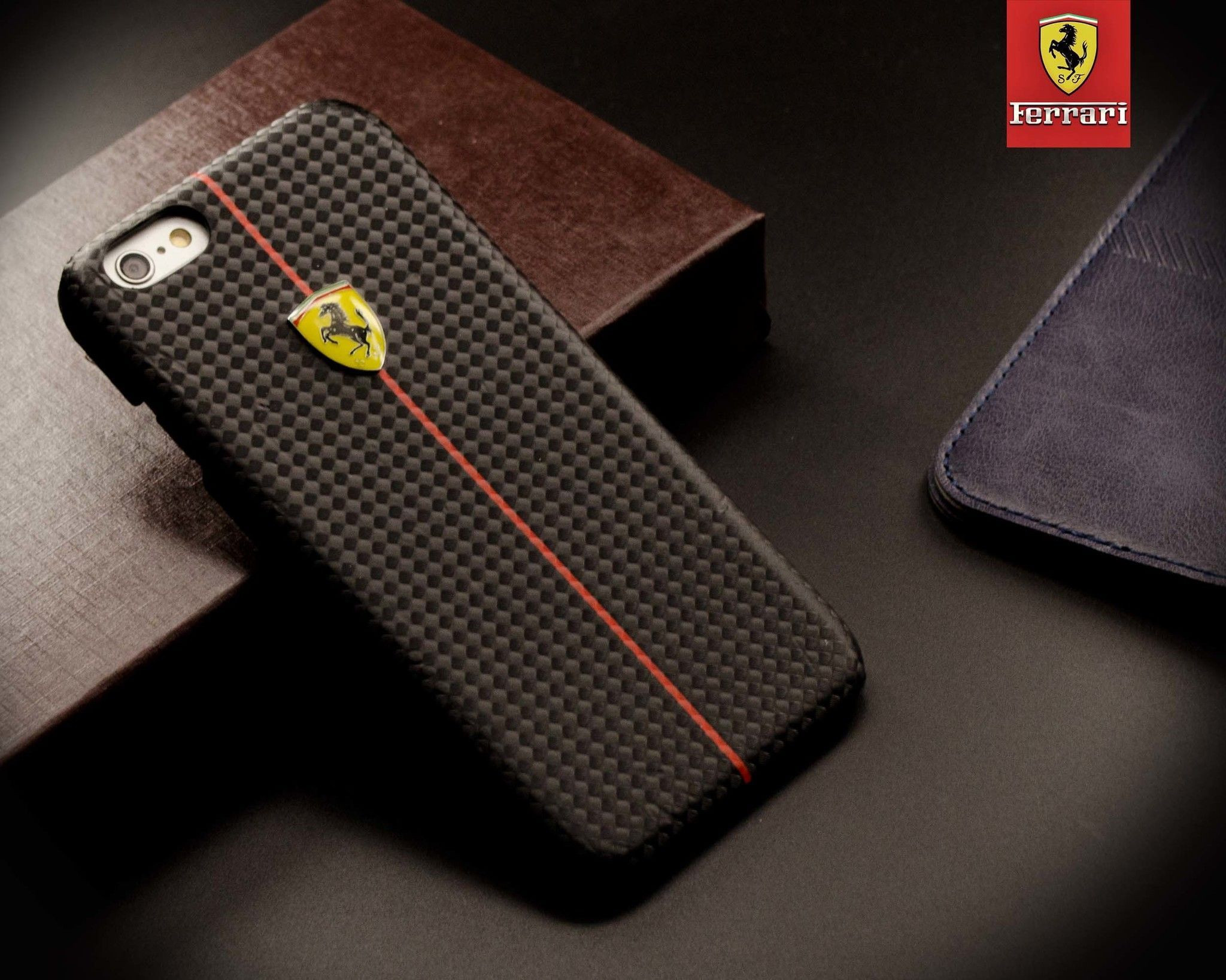 Ferrari  F Carbon Glass Back